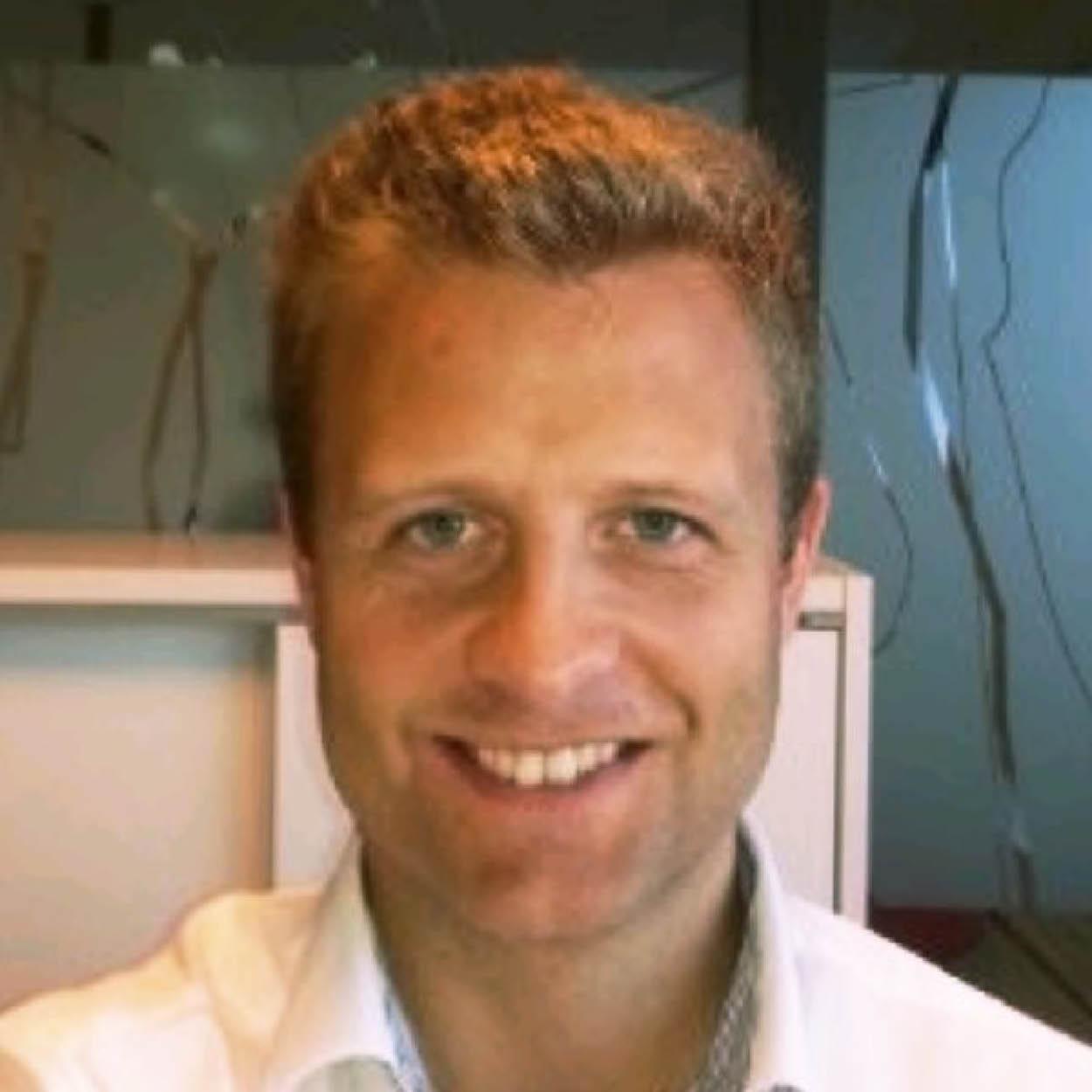 Aleksander Erdal i DNB