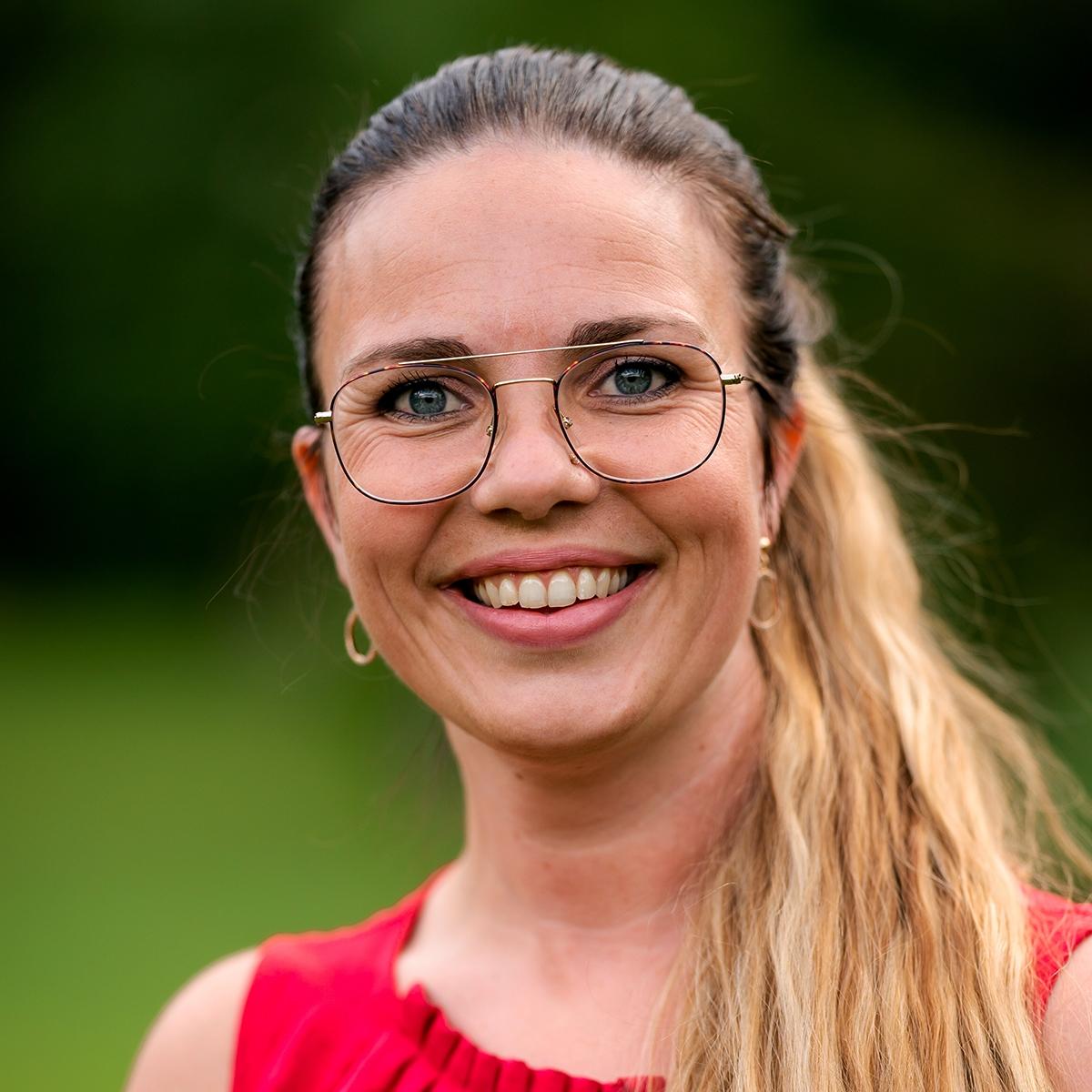 Beate Stavdal Riise SoMe-ansvarlig i B2B ARENA AS