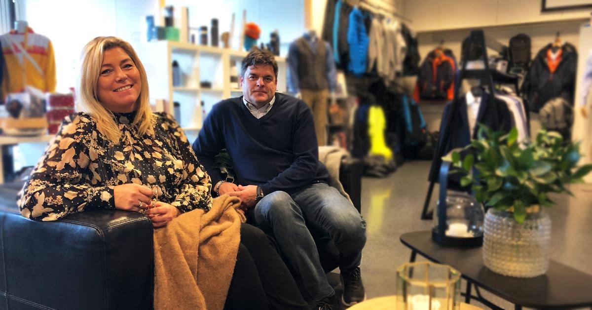 Ekteparet Line Skulstad Sunde og Rune Sunde kan fortelle om en spennende og variert hverdag i sitt arbeid med profilering av ulike bedrifter i regionen vår.