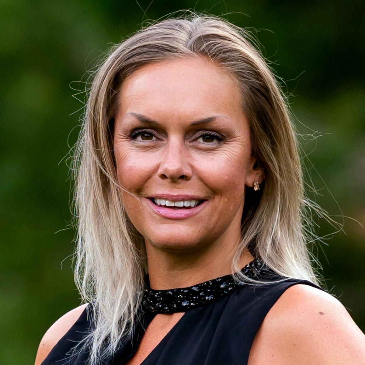 Kristin Beate Aarseth Salg & Relasjoner i B2B ARENA AS